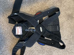 Baby bjorn carrier for Sale in Eagle Mountain, UT