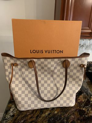 Louis Vuitton Neverfull for Sale in San Diego, CA