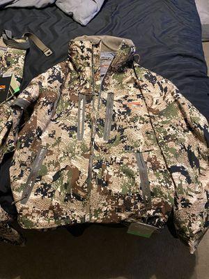 Sitka cloudburst pants and jacket for Sale in Phoenix, AZ