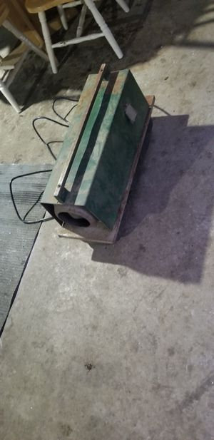 Keresone heater for Sale in Elgin, IL