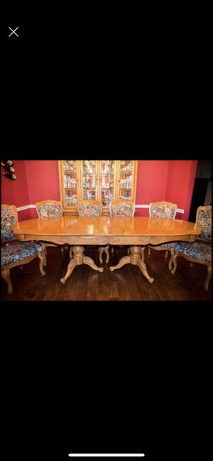 Formal Dining Table w/6 chairs for Sale in Broken Arrow, OK
