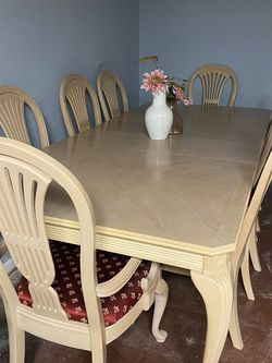12 piece Wood Dining Set for Sale in Kennesaw,  GA