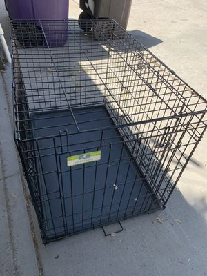 """Top Paw 36"""" Wire Folding Crate for Sale in Denver, CO"""