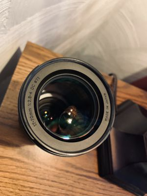 Sigma 17-70mm f/2.8-4 for Sale in Cleveland, OH
