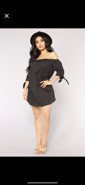 Striped dress- Black/white for Sale in Pittsburgh, PA