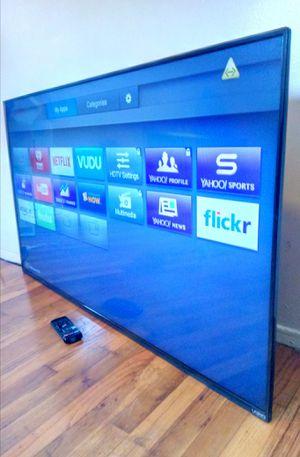 "55"" VIZIO LED SMART 4K ULTRA HDTV ( FREE DELIVERY ) for Sale in Compton, CA"