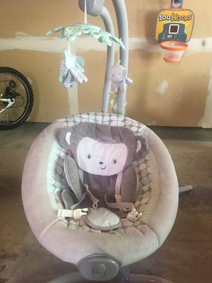 Fisher-Price baby Swing for Sale in Woodbridge, VA
