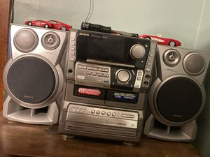 Aiwa compact stereo system for Sale in Cleveland, OH