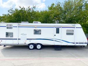 2007 trail sport 30 foot bumper pull bunkhouse with slide out for Sale in Fort Worth, TX