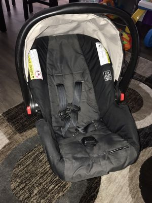Graco Snug Ride Click Connect 30 Infant Car Seat for Sale in Denver, CO