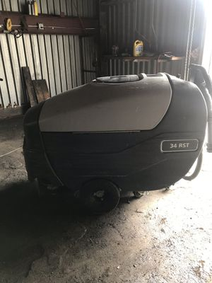 Floor Scrubber 34RST model for Sale in Glen Burnie, MD