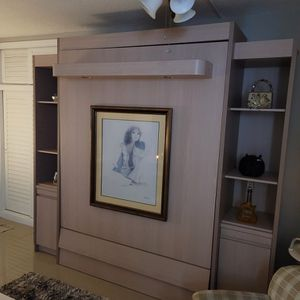 Murphy Bed, Queen Size with Side Cabinets for Sale in Pompano Beach, FL