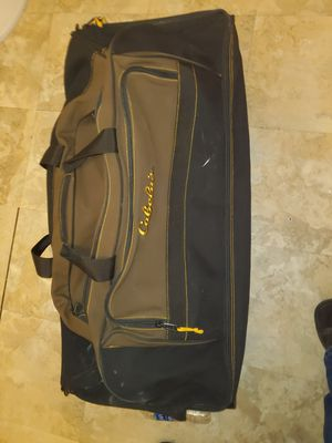 Cabelas Duffle bag with Wheels for Sale in Austin, TX