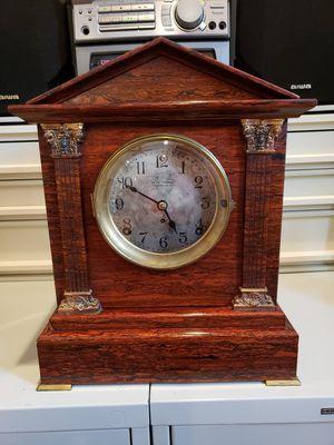 Seth Thomas Sonoma Chime Antique Clock for Sale in Hamilton, VA