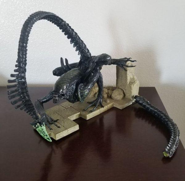 Kotobukiya Alien vs. Predator Grid Alien