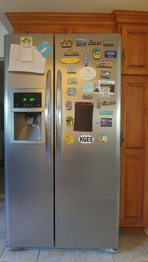 Refrigerator for Sale in Virginia Beach, VA