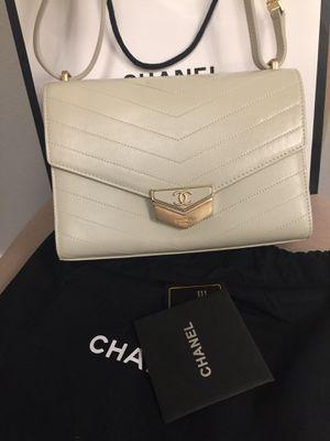 Chanel cross body shoulder bag for Sale in Renton, WA
