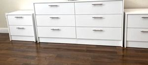 New dresser and nightstands for Sale in Pompano Beach, FL