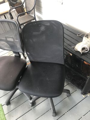 Computer Rolling chair wrong rolls perfectly asking for 30 or best offer for Sale in Tampa, FL