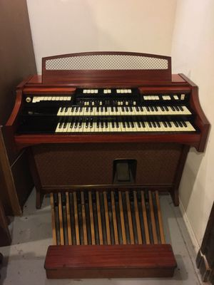 Beautiful 1965 HAMMOND E111 Organ, WORKS! - $500 for Sale in St. Louis, MO