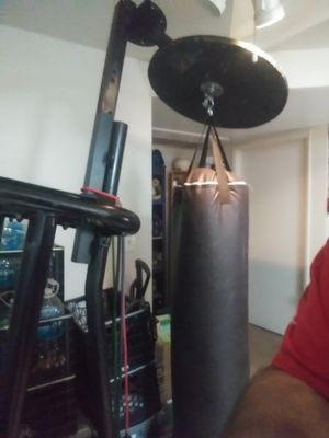 Punching bag the nice stand also for Sale in Las Vegas, NV