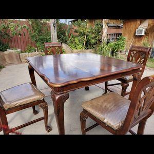 table for Sale in Rialto, CA
