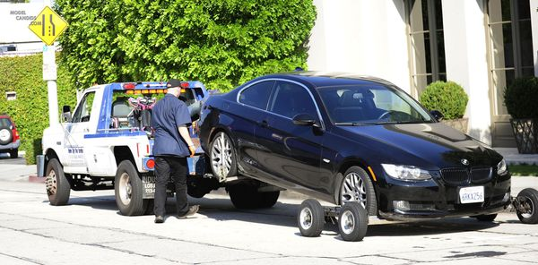 Get any car towed for $75 flat no extra fees