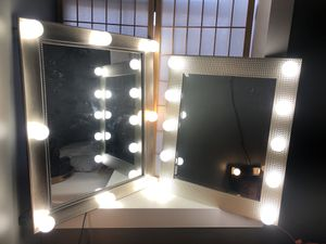 Led vanity mirrors 200 each for Sale in Brooklyn, NY
