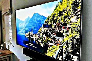 FREE Smart TV - LG for Sale in Lincoln, NE