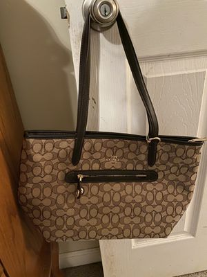 Coach Taylor Tote for Sale in Dacula, GA