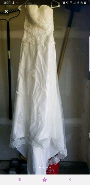 Wedding dress size 2 for Sale in Medina, OH