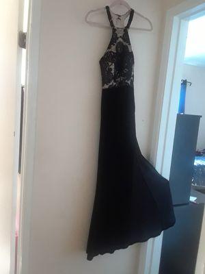 Size S para mujer. Vestido elegante. Lo use una vez. PRECIO FIRME for Sale in Bloomington, CA