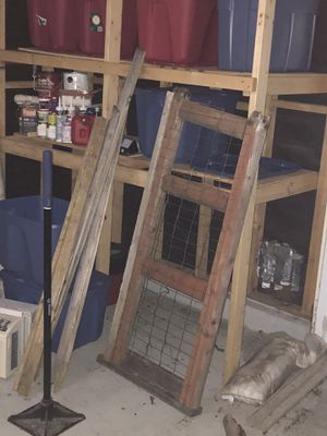 """Free """"wood / fence"""" for Sale in Everett, WA"""