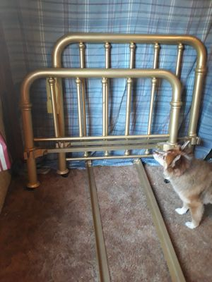 Twin bed $75--offer for Sale in Sumner, WA