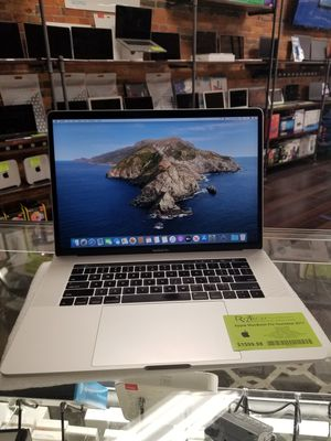 "Apple MacBook Pro Touchbar 2017 15.4"" Retina Screen i7 2.80GHz Quad Core 16GB RAM 512GB SSD 2GB GPU for Sale in Medina, OH"