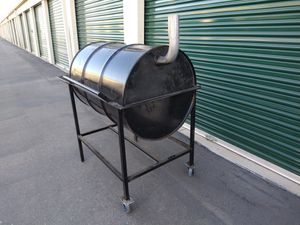 FAMILY SMOKERS AND BBQ GRILLS for Sale in Manteca, CA