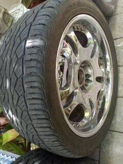 Universal Tires With Rims for Sale in Miami, FL