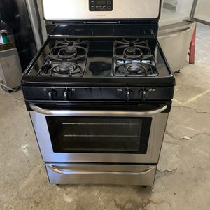 Gas Stove Frigidaire Good Condition 90 Days Warranty Estufa De Gas Frigidaire Buenas Condiciones 90 Dias De Garantia for Sale in Hayward, CA