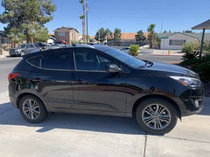 💥AMAZING DEAL💥 - 2015 Hyundai Tucson SE - UPGRADED - EXCELLENT CONDITION! for Sale in Las Vegas, NV