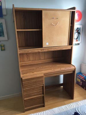Desk and cabinet hutch for Sale in San Francisco, CA