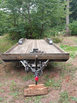 20ft. Dual axle flatbed trailer for Sale in Gladstone, OR