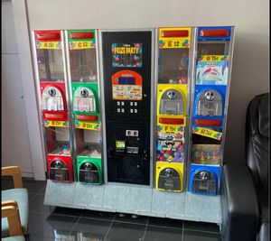 Vending machine coin op for Sale in Pawtucket, RI
