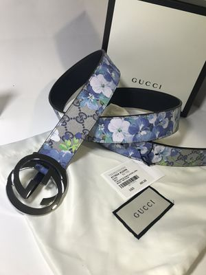 Gucci Blue Blooms Belt (Buy Now & Get FREE Gucci Socks!) for Sale in Queens, NY