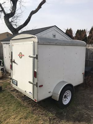5x7 enclosed trailer for Sale in Providence, RI