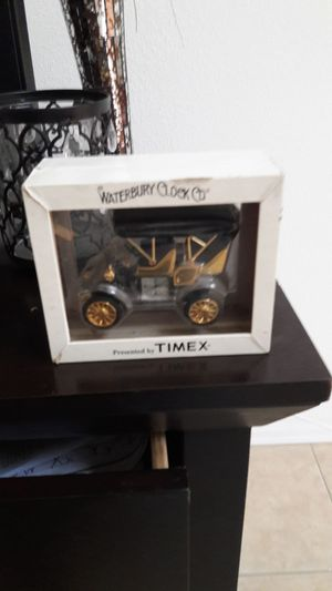 Timex (Mint Condition) for Sale in Poinciana, FL