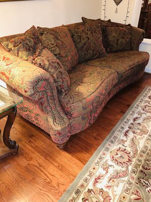 Formal sofa/couch and loveseat!! for Sale in Fairfax Station, VA
