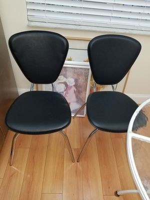 TWO LEATHER AND CHROME CHAIRS for Sale in Pompano Beach, FL