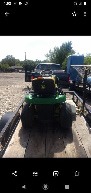 Vendo {url removed} madera. Y tractor.. le ace falta carburador. Las dos cosas por 600 for Sale in Dallas, TX