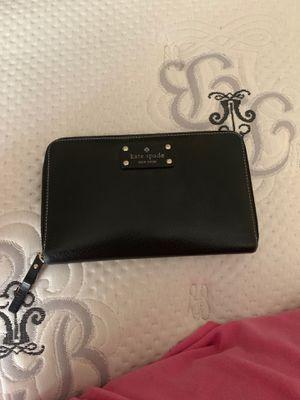 Kate spade wallet for Sale in Marietta, GA