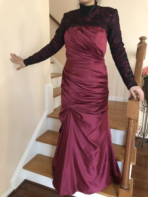 Long sleeve dress evening gown prom raspberry black size 10 for Sale in OH, US